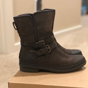"UGG ""Simmens"" boots"